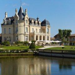 Отель Chateau Hotel and Spa Grand Barrail Франция, Сент-Эмильон - отзывы, цены и фото номеров - забронировать отель Chateau Hotel and Spa Grand Barrail онлайн приотельная территория фото 2