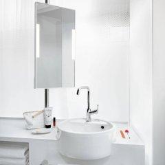 Отель OKKO Hotels Lyon Pont Lafayette ванная фото 2