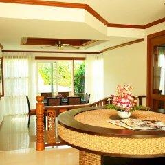 Отель The Chalet Phuket Resort Таиланд, Пхукет - отзывы, цены и фото номеров - забронировать отель The Chalet Phuket Resort онлайн в номере фото 2
