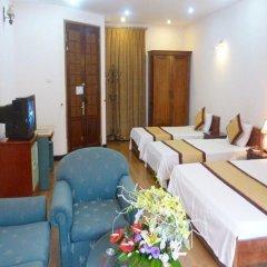 Отель Camellia 3 Ханой комната для гостей фото 3