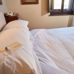 Отель Eremo Delle Grazie Сполето удобства в номере