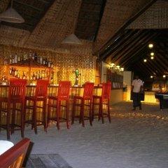 Отель Gasfinolhu Island Resort Остров Гасфинолу гостиничный бар