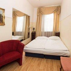 Отель Donatello Прага комната для гостей