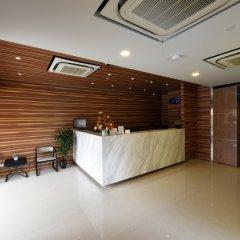 Отель Ibis Budget Singapore Crystal интерьер отеля