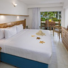 Отель Beachscape Kin Ha Villas & Suites Мексика, Канкун - 2 отзыва об отеле, цены и фото номеров - забронировать отель Beachscape Kin Ha Villas & Suites онлайн комната для гостей фото 2