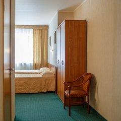 Гостиница Меридиан 3* Стандартный номер с 2 отдельными кроватями фото 4