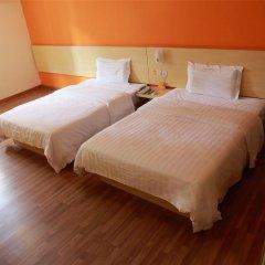 Отель 7 Days Inn Beijing Beihai Park Branch Китай, Пекин - отзывы, цены и фото номеров - забронировать отель 7 Days Inn Beijing Beihai Park Branch онлайн комната для гостей