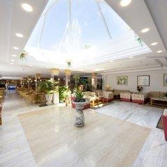 Отель Aparthotel Alcúdia Beach интерьер отеля фото 2