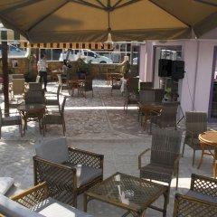 Rosella Hotel бассейн фото 2