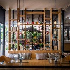 Отель Mooks Residence гостиничный бар