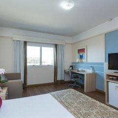 Отель Comfort Suites Londrina удобства в номере