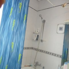Гостиница Karina Hostel в Москве отзывы, цены и фото номеров - забронировать гостиницу Karina Hostel онлайн Москва ванная фото 2