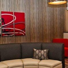 Holiday Inn Express Hotel & Suites Columbus - Easton Колумбус гостиничный бар
