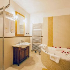 Отель EuroResidence Apartament Home ванная