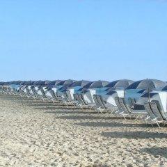 Отель Fontainebleau Miami Beach пляж