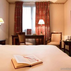 Отель Mercure Tour Eiffel Grenelle комната для гостей фото 3