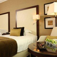 Отель Roda Al Bustan в номере