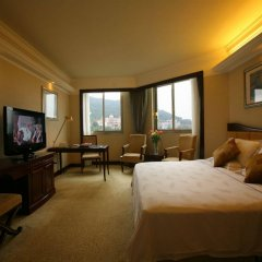 Guangzhou Phoenix City Hotel комната для гостей фото 4