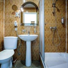 Отель Alanga Hotel Литва, Паланга - 5 отзывов об отеле, цены и фото номеров - забронировать отель Alanga Hotel онлайн ванная