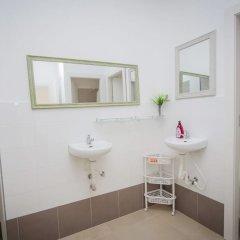 Butik Hostel TLV Израиль, Тель-Авив - отзывы, цены и фото номеров - забронировать отель Butik Hostel TLV онлайн ванная
