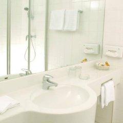 Отель Arthotel Ana Adlon Австрия, Вена - 9 отзывов об отеле, цены и фото номеров - забронировать отель Arthotel Ana Adlon онлайн ванная