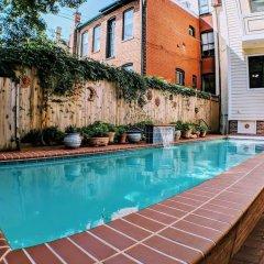 Отель 140 12th ST SE House 3 Bedrooms 2.5 Bathrooms Apts США, Вашингтон - отзывы, цены и фото номеров - забронировать отель 140 12th ST SE House 3 Bedrooms 2.5 Bathrooms Apts онлайн бассейн