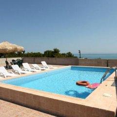 Hotel Nel Pineto бассейн фото 3