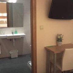 Отель Pension Easo в номере