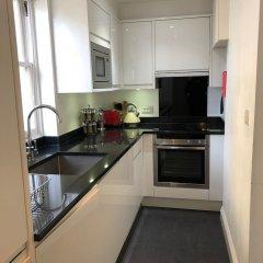 Апартаменты Hans road Apartment Лондон в номере фото 2