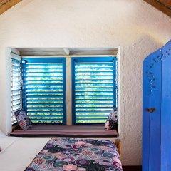 Отель Jakes Hotel Ямайка, Треже-Бич - отзывы, цены и фото номеров - забронировать отель Jakes Hotel онлайн комната для гостей фото 3