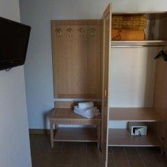 Hotel Santanna сейф в номере