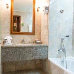 Отель Century Park Бангкок ванная фото 2