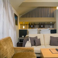 Гостиница Альпен Клаб в Шерегеше отзывы, цены и фото номеров - забронировать гостиницу Альпен Клаб онлайн Шерегеш комната для гостей