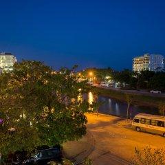 Отель HT Riverside Homestay парковка