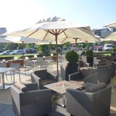 Отель Hilton Sofia Болгария, София - отзывы, цены и фото номеров - забронировать отель Hilton Sofia онлайн бассейн фото 3