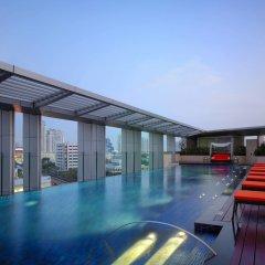 Отель Marriott Executive Apartments Bangkok, Sukhumvit Thonglor Таиланд, Бангкок - отзывы, цены и фото номеров - забронировать отель Marriott Executive Apartments Bangkok, Sukhumvit Thonglor онлайн бассейн фото 2