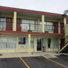 Отель Knights Inn-columbus Колумбус парковка