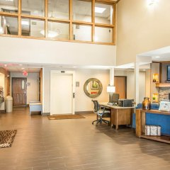 Отель Comfort Inn North/Polaris интерьер отеля фото 3