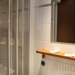 Отель Le Myosotis Франция, Париж - отзывы, цены и фото номеров - забронировать отель Le Myosotis онлайн ванная