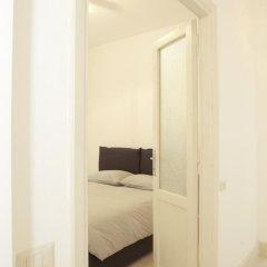 Апартаменты Testaccio Old Rome Apartment сейф в номере