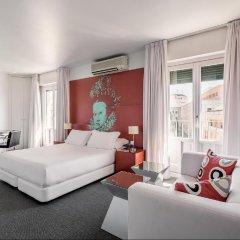 Отель Room Mate Laura Испания, Мадрид - отзывы, цены и фото номеров - забронировать отель Room Mate Laura онлайн комната для гостей фото 5