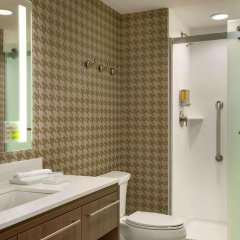 Отель Home2 Suites by Hilton Frederick ванная