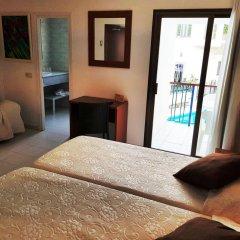 Отель Sant March комната для гостей фото 2