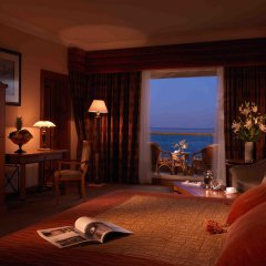 Al Raha Beach Hotel Villas комната для гостей
