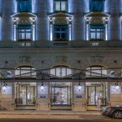 Отель The Peninsula Paris Франция, Париж - 1 отзыв об отеле, цены и фото номеров - забронировать отель The Peninsula Paris онлайн гостиничный бар