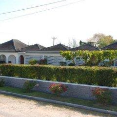 Отель Cindy Villa Ямайка, Ранавей-Бей - отзывы, цены и фото номеров - забронировать отель Cindy Villa онлайн парковка