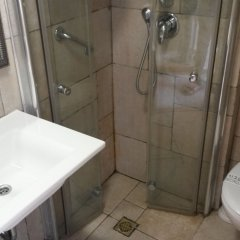 Palatin Hotel Jerusalem Израиль, Иерусалим - 9 отзывов об отеле, цены и фото номеров - забронировать отель Palatin Hotel Jerusalem онлайн ванная фото 2