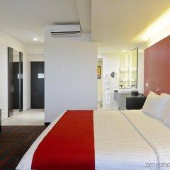 Отель Holiday Inn Dali Airport Мехико комната для гостей