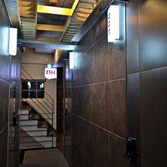 Отель D.H Sinchon Guesthouse Южная Корея, Сеул - отзывы, цены и фото номеров - забронировать отель D.H Sinchon Guesthouse онлайн интерьер отеля фото 3