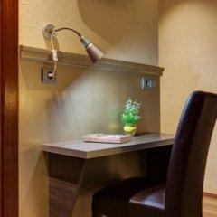 Отель Hostal Barcelona удобства в номере
